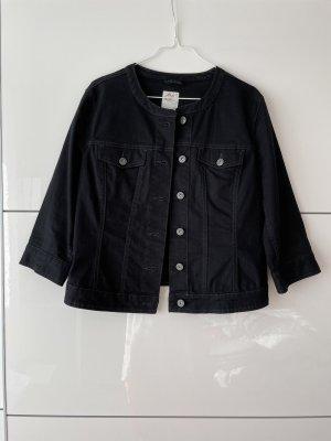 Schwarze Jeansjacke von s.Oliver