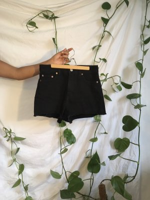 Schwarze Jeansshorts (Gr. 28)
