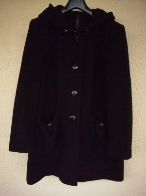schwarze Kapuzenjacke aus hochwertigem Wolltuch von Eugen Klein