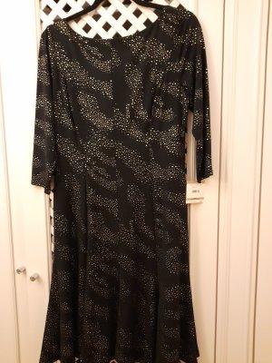 Schwarze Kleid von Anne Klein