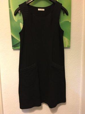 Schwarze Kleid Winterkleid, Promod