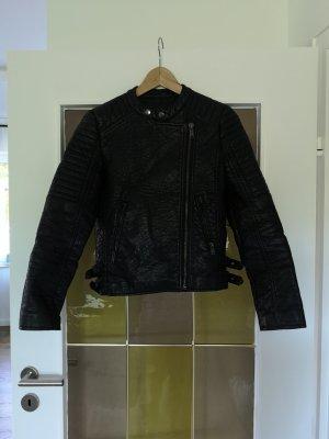 Schwarze Kunstlederjacke Biker Jacke mit tollen Details XS