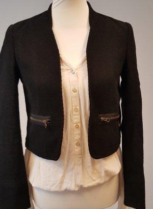 schwarze kurze Jacke