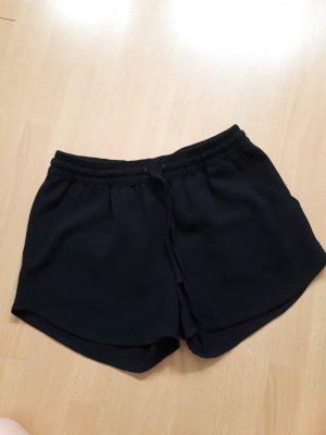 Schwarze kurze, lockere Hose von Only