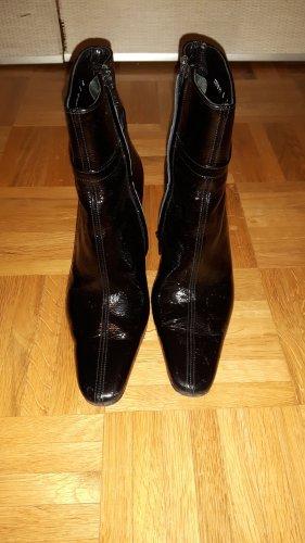 Schwarze Lack-Leder-Schuhe Lagerfeld
