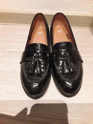 Schwarze Lack Schuhe