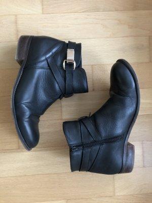 Schwarze Leder Ankle Boots Gr. 41