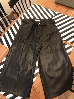 Schwarze Leder culottes 3/4 Länge