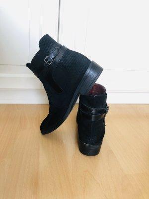 Schwarze Leder-Stiefelette