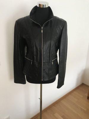 schwarze Lederjacke Gr 38
