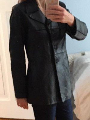 Schwarze Lederjacke in Blazerform