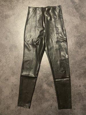 Stradivarius Pantalon en cuir noir