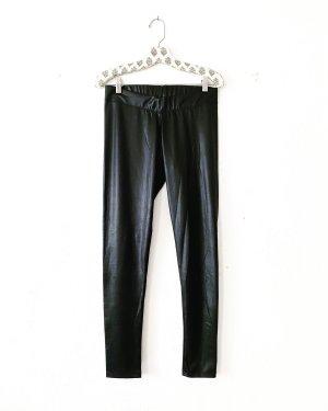 schwarze leggings • glänzend • zara • casual