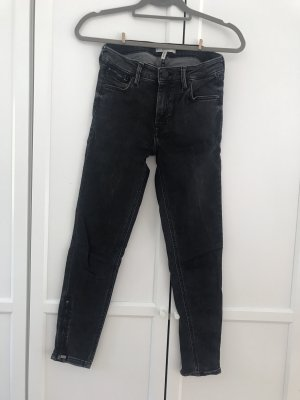 Schwarze Mango Jeans mit RV am Bein