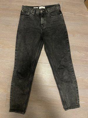 Schwarze Mom Fit Jeans Mango
