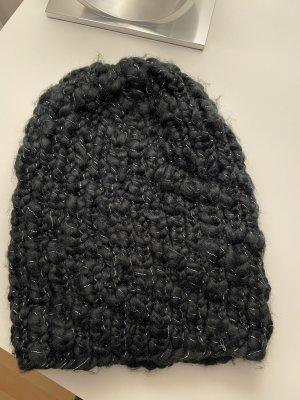 Schwarze Mütze von Opus