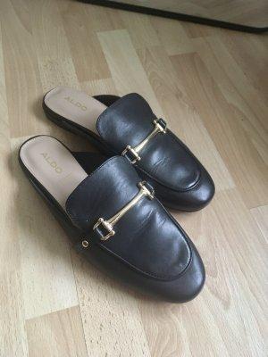 schwarze Mules Slipper