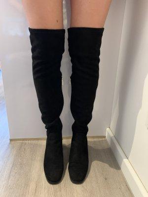 Schwarze Overknees Zara