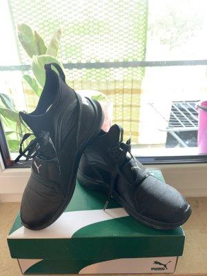 schwarze Puma Sneaker Boots