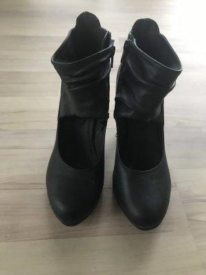 Street Super Shoes Czółenka z paskiem w kształcie litery T czarny