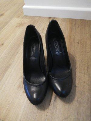 5th Avenue Classic Court Shoe black