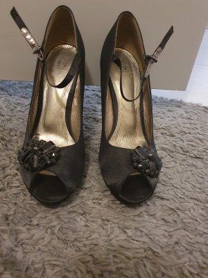 schwarze Pumps / High Heels