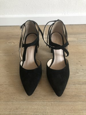 Schwarze Pumps Pier One