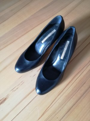Schwarze Pumps von Buffalo London