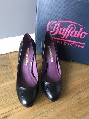 Schwarze Pumps von Buffalo London