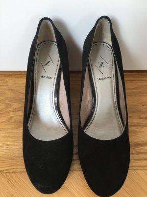 schwarze Rauleder High Heels