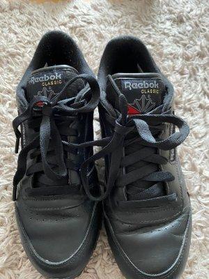 schwarze Reebok Sneaker
