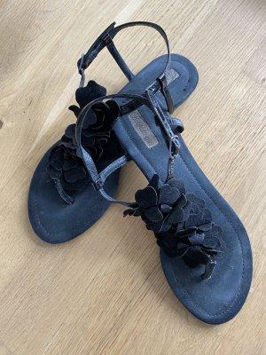 Buffalo girl Toe-Post sandals black