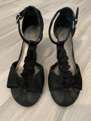 Schwarze Sandalette mit Absatz