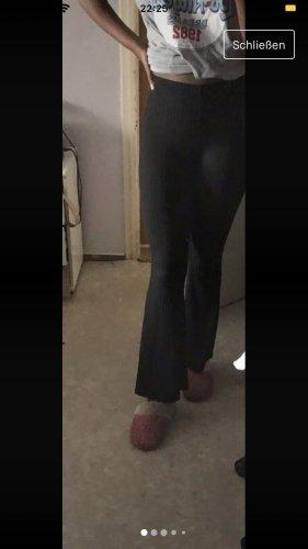 Broek met wijd uitlopende pijpen zwart