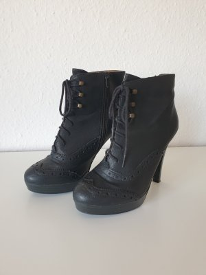 Schwarze Schnür-High Heels (Seven Seconds)