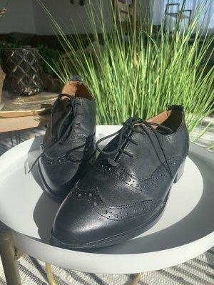 Kiomi Wingtip Shoes black