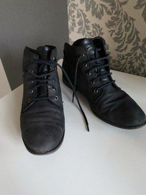 Schwarze Schnürschuhe / Schuhe von Tamaris, Gr. 41