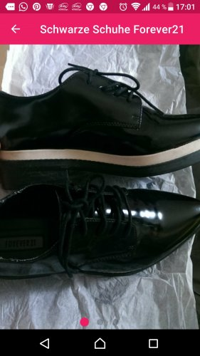 Forever 21 Zapatos estilo Oxford negro-blanco puro