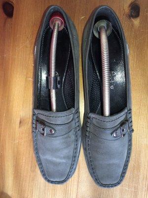 Schwarze Schuhe GoreTex flach 42,5