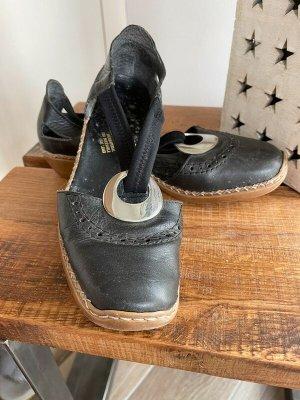 Schwarze Schuhe / Sandalen von Rieker, Gr. 39