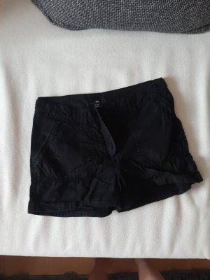 H&M Shorts black