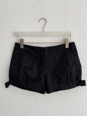 Schwarze Shorts vo  Patrizia Pepe / Gr. 36