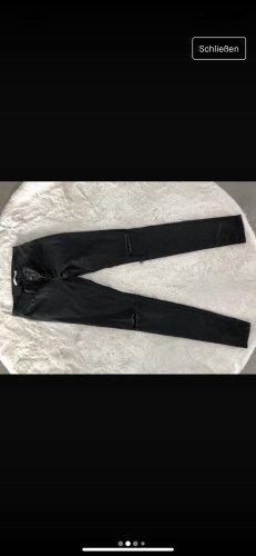 Schwarze skinni Levi's Jeans