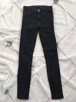 Schwarze skinny Midwaist Zara Jeans XS