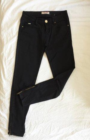 Schwarze Skinny Röhren Jeans von Place du Jour