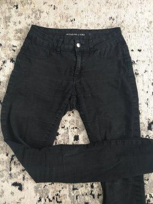 Schwarze slim fit stretch jeans von Jaqueline de Yong