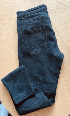 Schwarze Slim-Jeans