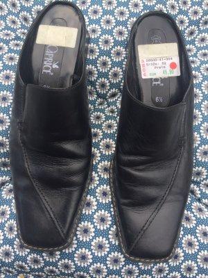 Schwarze Slipper - Größe 40