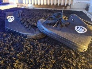 Skater Shoes black