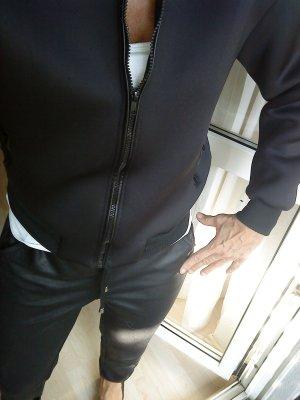 schwarze SoftshellJacke in M